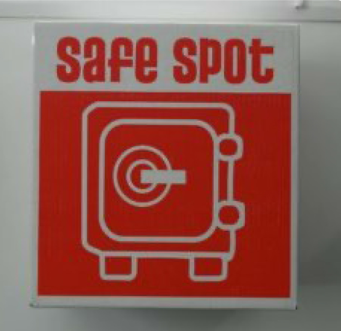 'safe spot' red packing box